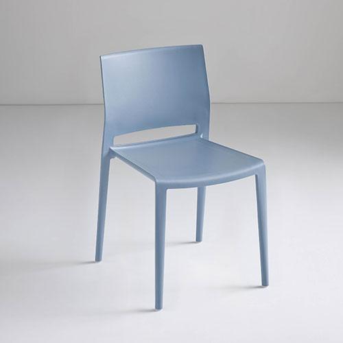 Silla bakhita azul requiez tecnopolimero