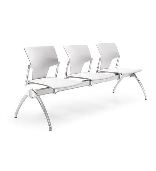 banca espera 3 personas silla estructura metal asiento polipropileno blanco y respaldo polipropileno aktivia oficinas