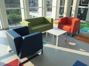 lobby para oficinas salas de colores en vinil