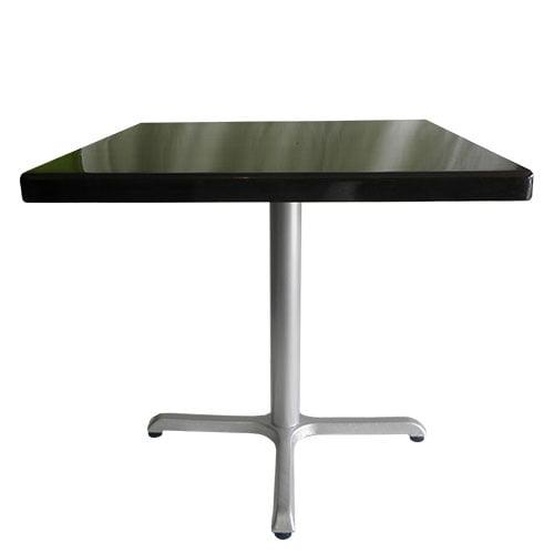 Mesa base cruz 4 patas color gris plata cubierta cuadrada color negro para 4 personas restaurantes y comedores