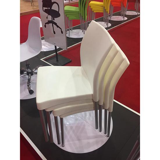 Silla restaurante y cafetería plastico blanco economico ritmo