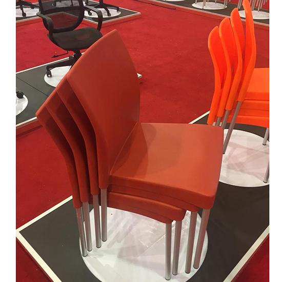Silla restaurante y cafetería rojo plastico economico ritmo