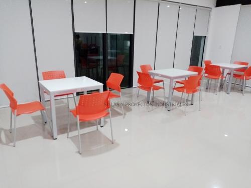 Sillas y mesas para cafeterias y comedores industriales